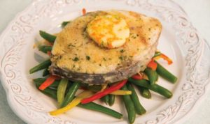florida-king-mackerel-steaks-with-herb-citrus-butter-and-garlic-snap-beans_recipe-1